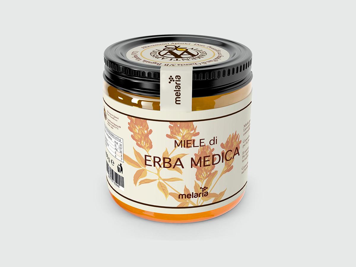 https://www.elisadellachiesa.it/wp-content/uploads/2018/09/Mockup-Miele-di-Erba-Medica-Elisa-Della-Chiesa-1200x900-1.jpg